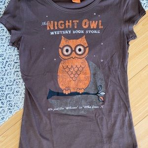 ⭐️Owl Halloween retro graphic tee